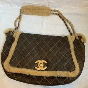 AUTHENTIC•Chanel• Quilted Shearling Shoulder Bag